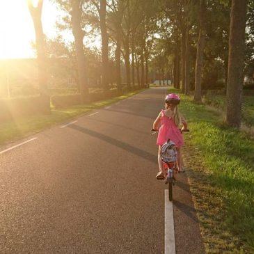 Nauka jazdy na rowerze dla najmłodszych