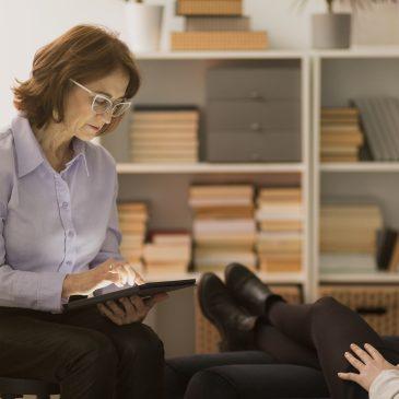 Psychoterapia – jakie są jej cele?